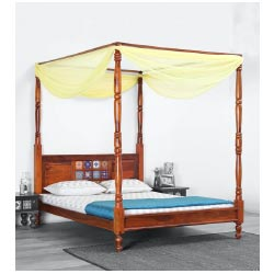 """Siramika Solid Wood Poster Bed in Honey Oak Finish Brand Mudramark"""