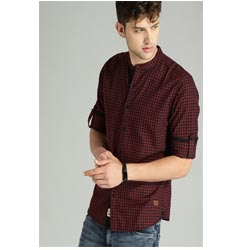 """Roadster Men Checked Casual Shirt with Maroon & Black """
